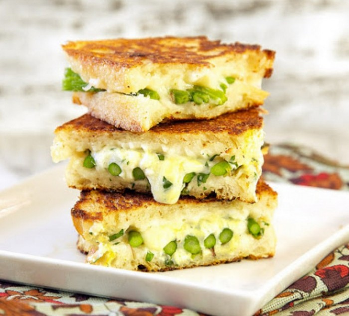 Home Food Grilled Swiss cheese sandwich with asparagus