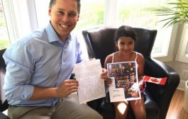 Minister and MP inspired by  8 year old Vaudreuil girl dreaming of space