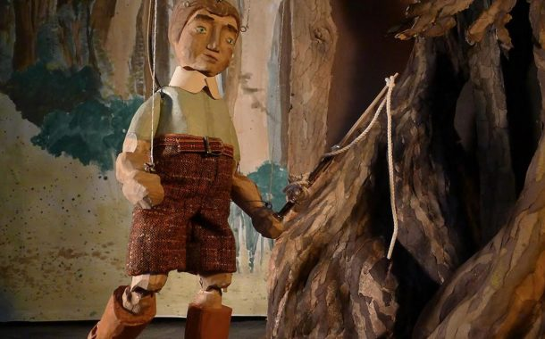 Family-Friendly Puppet Theatre Presented in Dorval