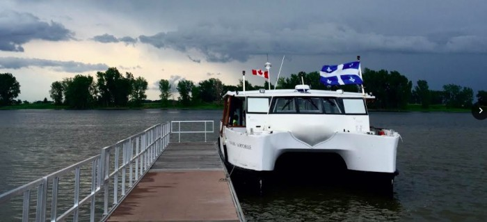 Discover Dorval on a guided cruise off its shores!
