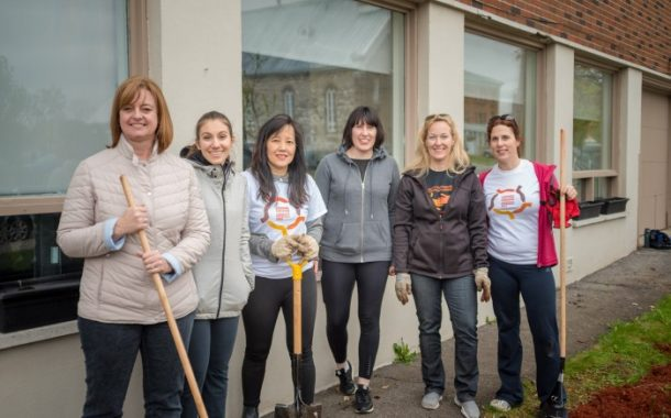 Volunteer West Island teams up with Novartis for Community Partnership Day