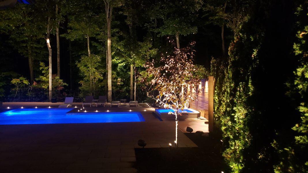 Outdoor living lighting landscape