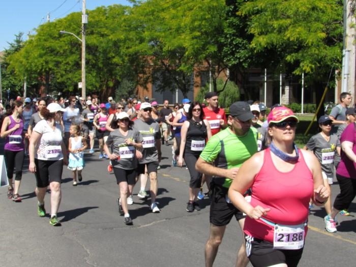 Desjardins, Pointe-Claire, Half-Marathon, West Island Blog, R