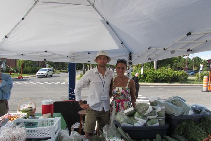 Scott Mumme, Leafs vegetable produce, Rhonda Massad, West Island Blog, Beaconsfield Farmers Market