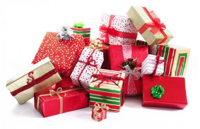 Lakeshore General Hospital Foundation, gift wrapping booths, Gifts, Christmas, Fundraiser, Rhonda Massad, West island Blog