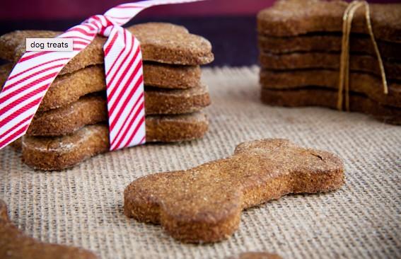 Pumpkin flax dog treats, Vegetables, Dog treats, homemade dog biscuits, Rhonda Massad, West Island Blog, News, West Island News