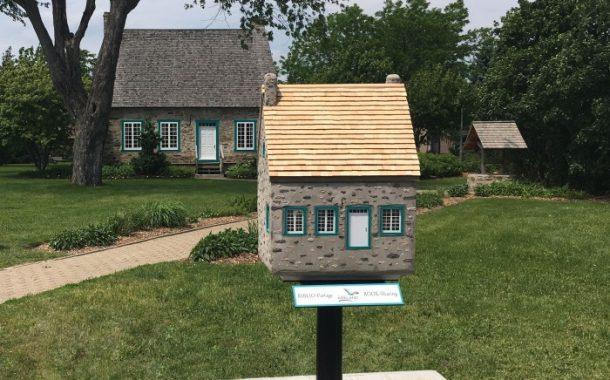 Kirkland Library inaugurates Book Sharing Box