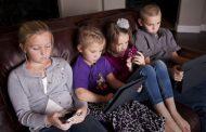 Digital Detox: Helping Kids Strike a Balance Between Screens