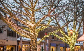 Pointe-Claire village Christmas tree lighting 2020